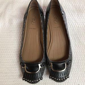 Like new! Cute!! Joan & David shoes